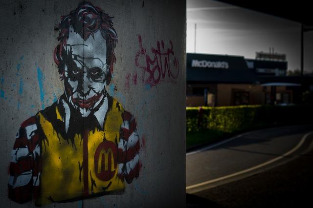 25 Hilarious McDonald's Pranks